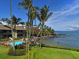 Oceanfront Honokeana Cove! Unit #216 1br/+Loft br, 2 bath.