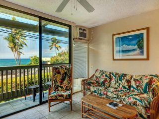 Tropical Tone+Updates! Lanai w/Ocean Vista, WiFi, Kitchen, AC–Kona Bali Kai 167