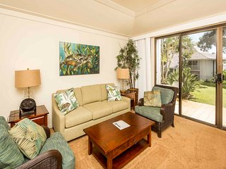 Open Design Suite w/Lanai to Lawn, WiFi, Kitchen Ease–Kiahuna Plantation #2128