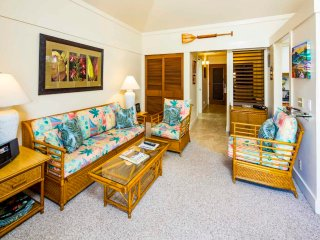 Hang-Loose Style w/Lanai, Ceiling Fans, WiFi, New Kitchen–Kiahuna Plantation
