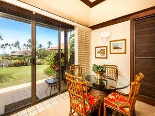 Tropical Ground Floor Suite w/Lanai, Kitchen Ease, WiFi–Kiahuna Plantation #2070