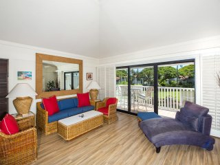 Open 2-Level Rental w/Super View, Kitchen Ease, WiFi, Lanai–Kiahuna Plantation