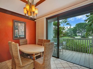 Luxe Style+Modern Kitchen, Lanai to Lawn, WiFi, Washer/Dryer–Kiahuna Plantation