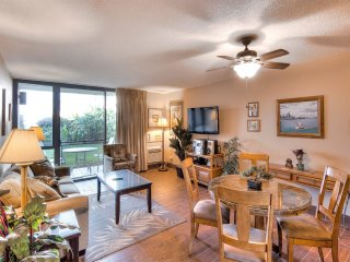 Homey Updates+Touches! Ground Floor Lanai, Kitchen Ease, WiFi–Kamaole Sands 5108
