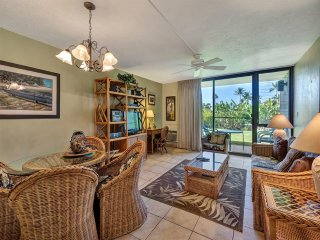 Embrace Suite Space! Upgraded Kitchen, WiFi, AC, Washer/Dryer–Kamaole Sands 5109
