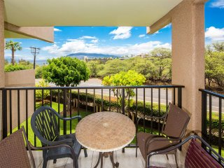 West Maui View+Homey Comfort! Open Design w/New Kitchen, WiFi–Kamaole Sands 4307