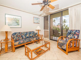 Free-&-Easy Suite w/Tile Floors, Lanai, Kitchen Ease, WiFi–Kamaole Sands 5208