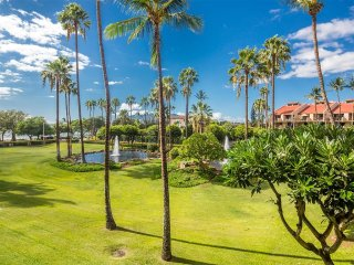 Awesome View! Island Style Condo w/Full Kitchen, WiFi, AC–Kamaole Sands 10212
