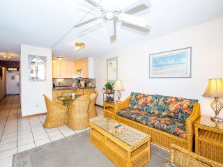Charming Island Condo w/Private Lanai, Kitchen, WiFi, AC–Kamaole Sands 8304