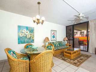 Casual Suite w/Homey Perks! Kitchen Ease, WiFi, Washer/Dryer–Kamaole Sands 8307