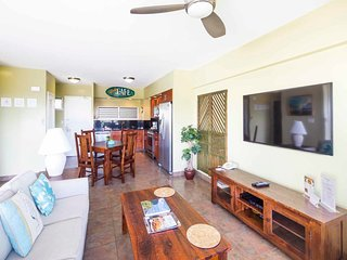 Sweet Family Suite w/Island Decor, Upgraded Kitchen, Free WiFi–Waikiki Shore
