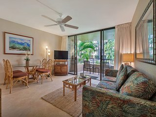 Tropical Condo w/Tile Floor, Lanai, Fresh Kitchen, WiFi, Flat Screen–Paki Maui