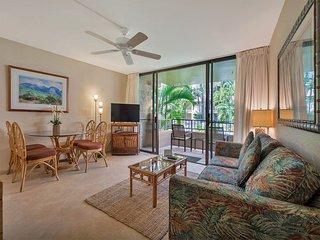 Tropical Condo w/Tile Floor, Lanai, Fresh Kitchen, WiFi, Flat Screen–Paki Maui