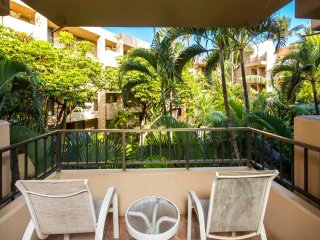 Homey Suite w/WiFi, Flat Screen, Private Lanai, Kitchen, Ceiling Fans–Paki Maui