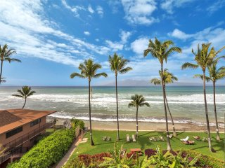 Ocean Front Ecstasy! Homey w/Tile Floor, Full Kitchen, WiFi, Flat Screen–Paki