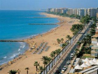 Alquiler apartamento en Benicasim playa en urbanización a primera línea de playa