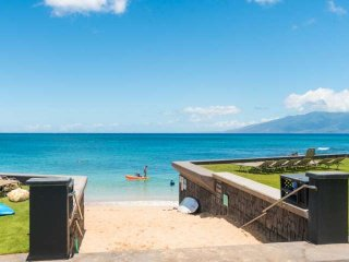 Sandy & Swimmable Beach + A/C + Remodeled Kahana Sunset C2C = Perfect Couples Ge
