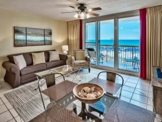 Beach Front at Pelican, Great Gulf/Beach View from Balcony, Pools, Wifi, Netflix
