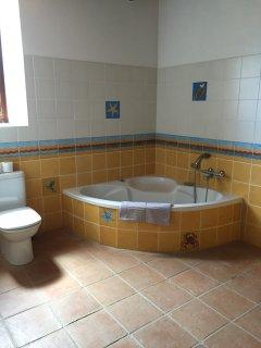 cuarto de baño hab 1