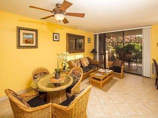 Bright & Cheery w/Prime Lanai View, Open Kitchen, WiFi–Kamaole Sands 1207