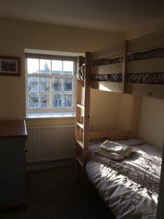 great full size bunks (3ft)