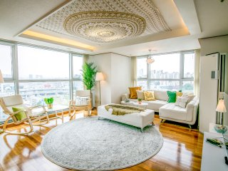 [OPEN SALE]Superior&Cozy Residence 3M WALK FROM SEOUL STN