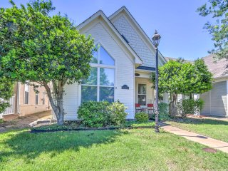 NEW! 2BR Mud Island Home by River/Downtown Memphis