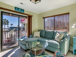 TASTEFULLY DONE - LOW RATES - OCEAN VIEW!!!
