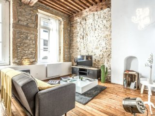 Atypical canut Loft design - Heart of Lyon