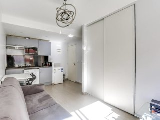 Spacious 4 rooms - Center of Cannes