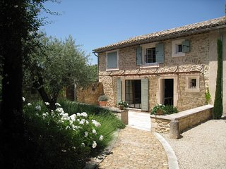 JDV Holidays - Villa St Henri, with a heated pool, Luberon, Provence