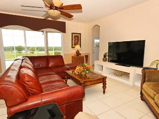 337BD. 6 Bed 4 Bath With Pool, Spa And Games Room On The Golf Course