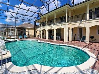 203BIRK. Large 6 Bed 4 Bath Golf Pool Home