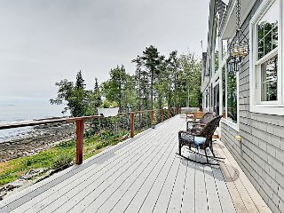 Oceanfront 4BR w/ Deck, Hot Tub, Bay Views & Studio – Near Bath