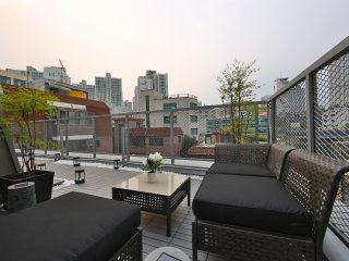 [new open] Great View! 1 BR Penthouse / 3 min from Seoul Station!