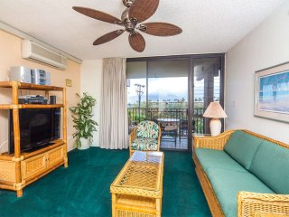 Condo Relaxation w/Roomy Living Area, Lanai, Kitchen, WiFi–Kamaole Sands 4303