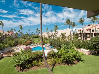 Prime View+Luxe Upgrades! Island Décor, Kitchen, WiFi, Lanai–Kamaole Sands 5307