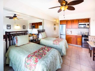 Island Living w/Sunset View, Free WiFi, Kitchenette Ease–Waikiki Shore #915