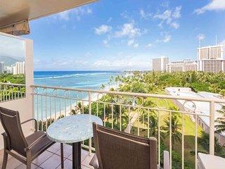 Island Style w/Ocean View, w/Refreshed Kitchenette, Free WiFi–Waikiki Shore #905