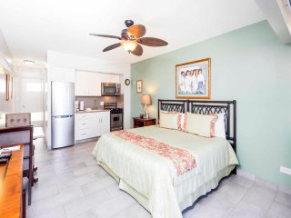 Casual Comfort w/Ocean Vistas, Free WiFi, Kitchenette Ease–Waikiki Shore #1305