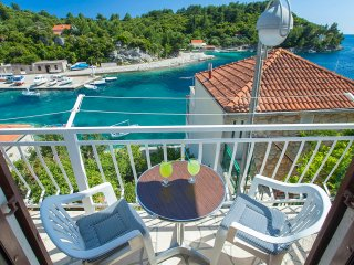 KATIJA - seafront apartment, Island Of Korcula, Prizba, Grscica, Croatia