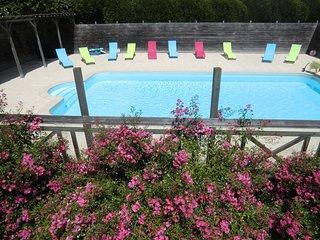 La Tarais Gites 20 to 30 p,13 bedrooms ,10 bathrooms,heated pool