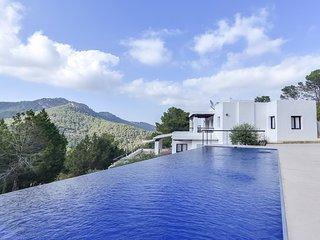 Villa calme, luxe et sérénité à Ibiza