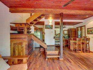 Aqua: Casa Orquidea Luxury Suite and Tree House