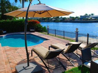 4 BDR 2 Bath Luxury Home w/ Heated Pool on Intracoastal, Minutes to Beach!