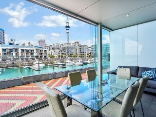 Fully Serviced Furnished Apartment in Auckland City