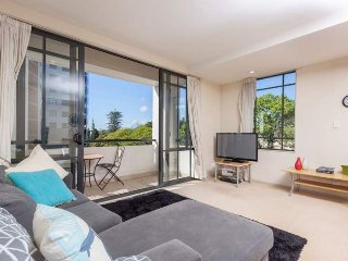 3rd Floor Corner Serviced Apartment in the Connaught Residences, Auckland