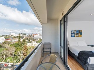 Serviced Studio Apartment in the Connaught Auckland City -Amazing Water Views