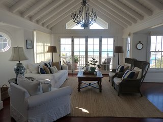 Casa Azul - Stunning Beach Front Cottage in Avila Beach