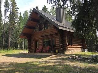 Cabin1 - Log Cabin in the Rocky Mountains